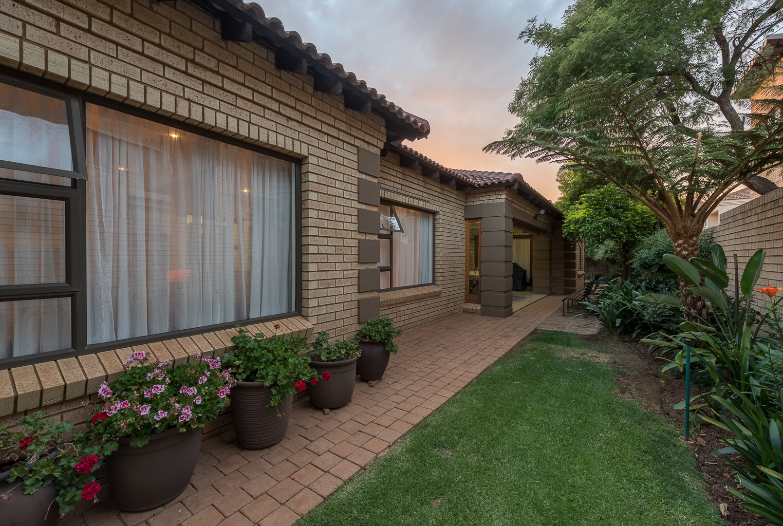 View Property Ref No: 12762