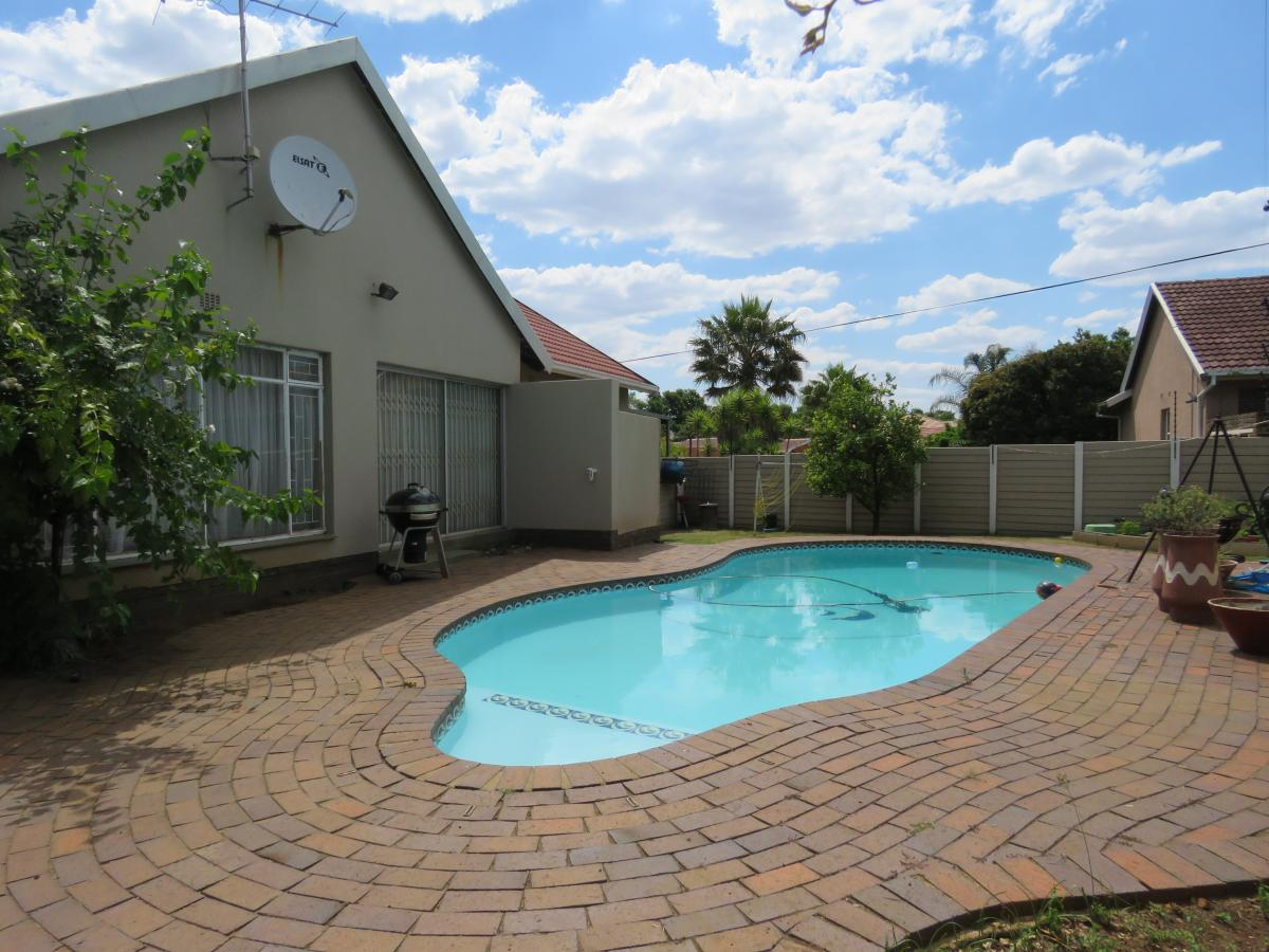 View Property Ref No: 12807