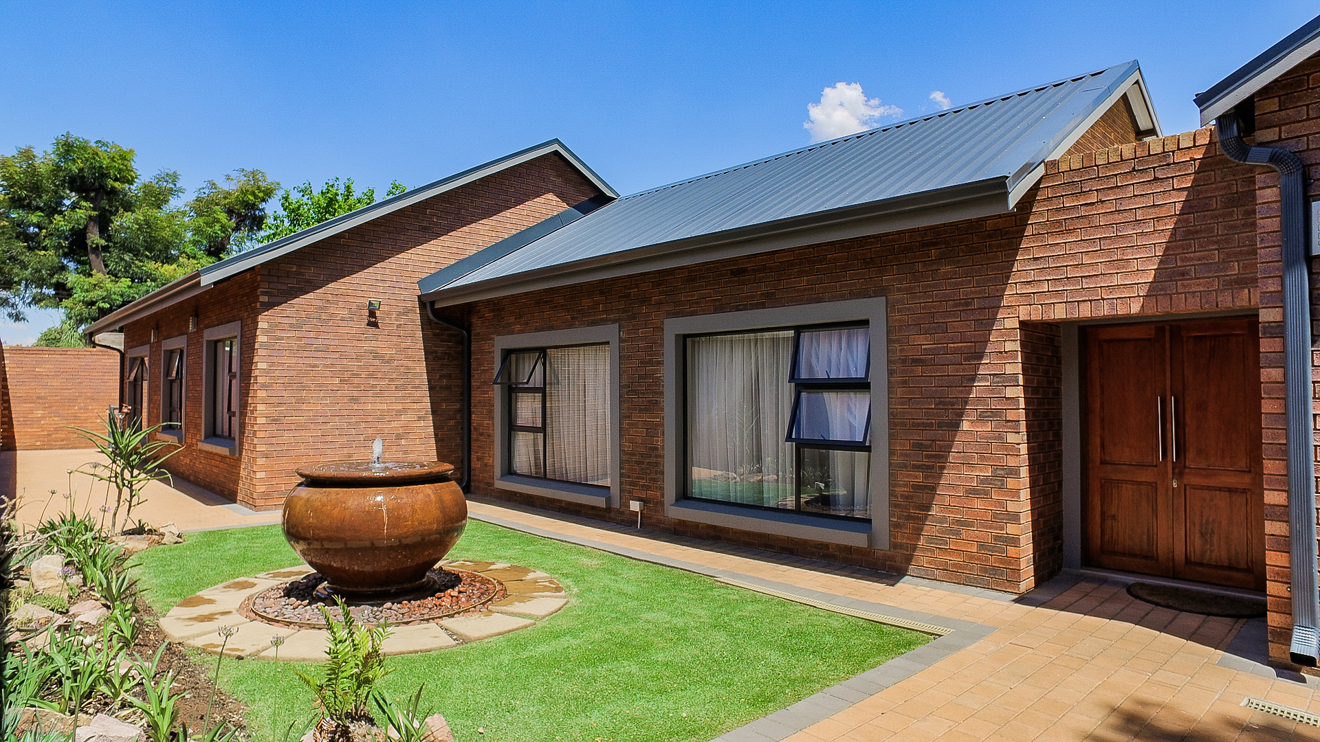 View Property Ref No: 12823