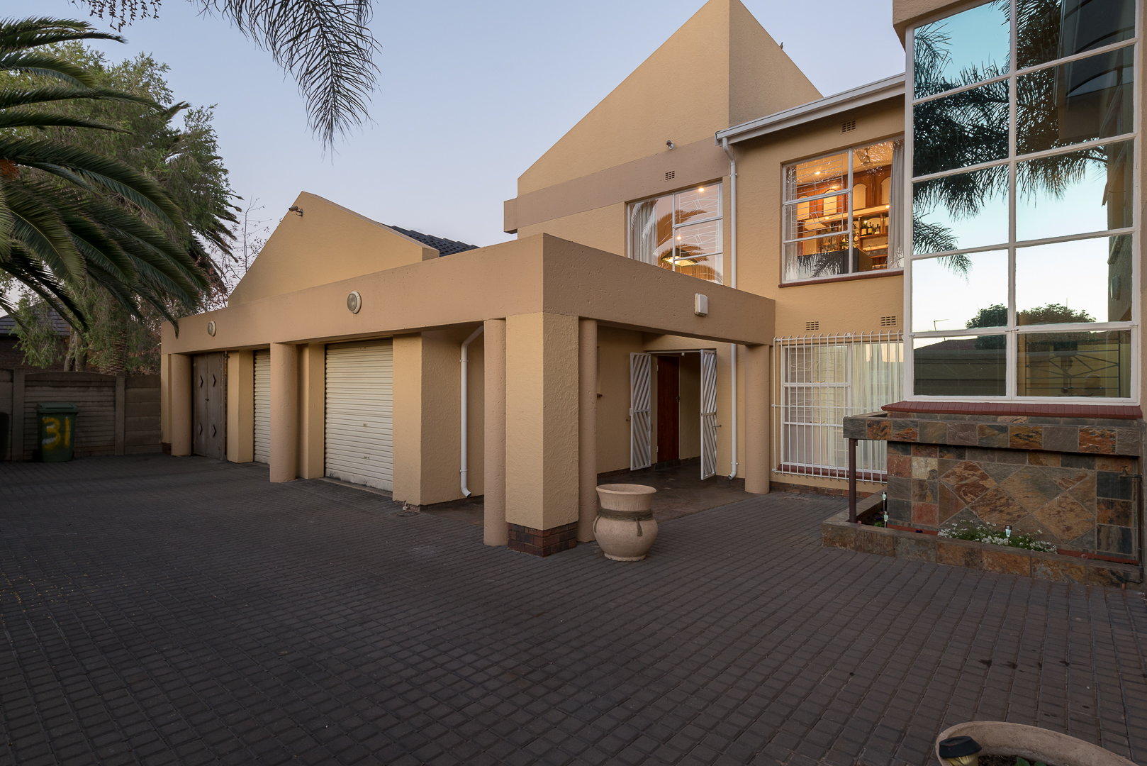 View Property Ref No: 13842