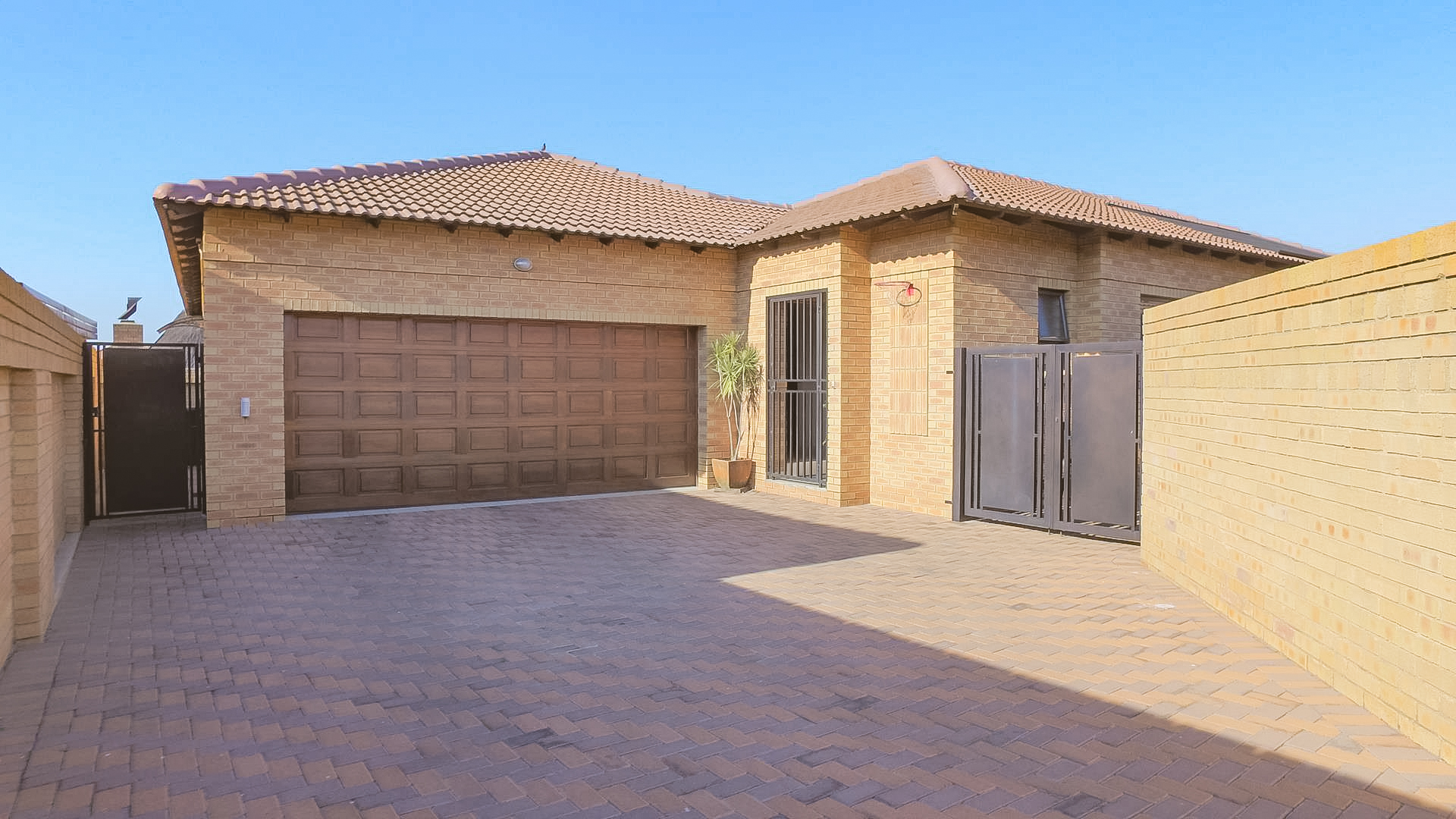 View Property Ref No: 13994