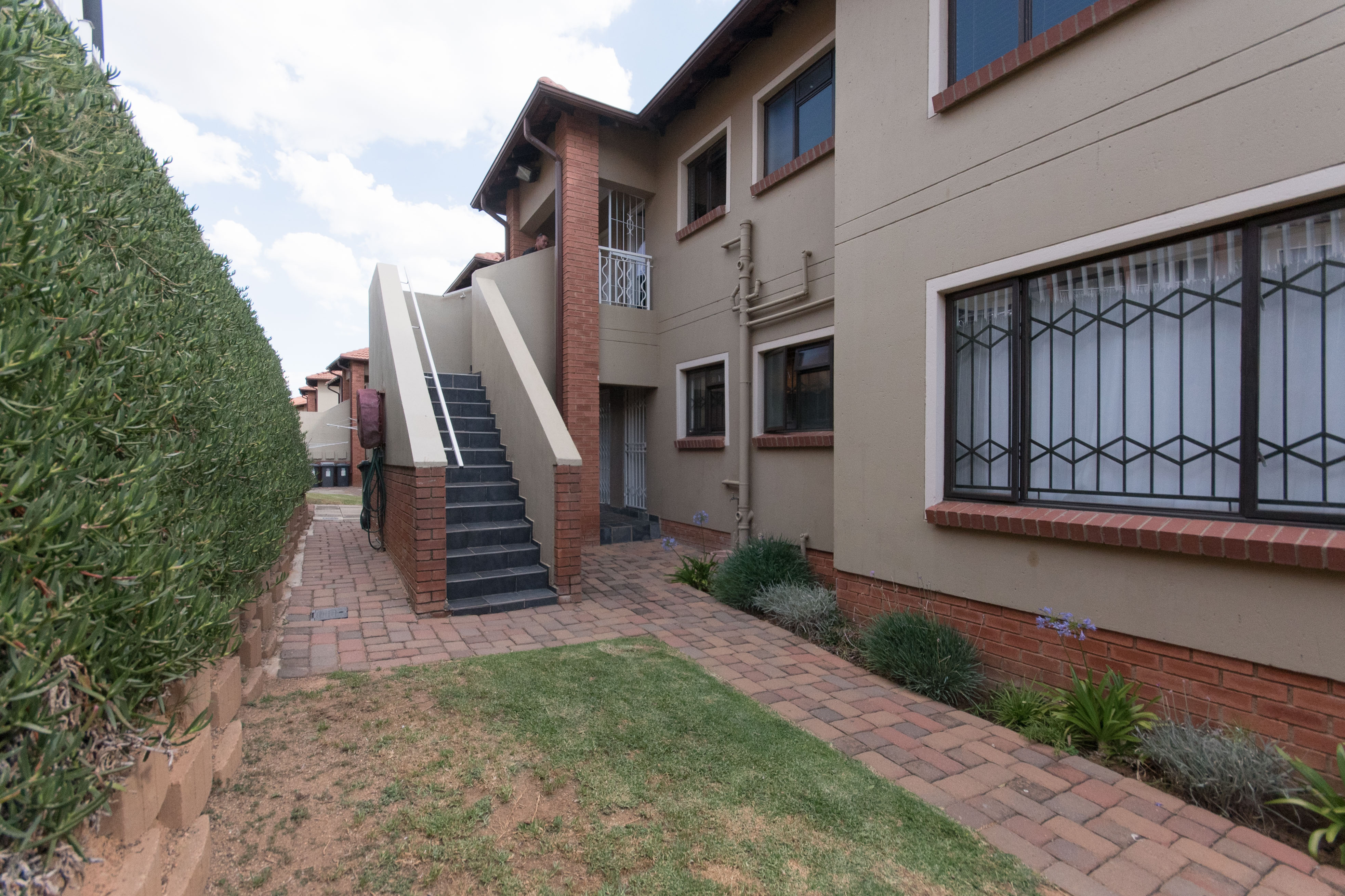 View Property Ref No: 15376