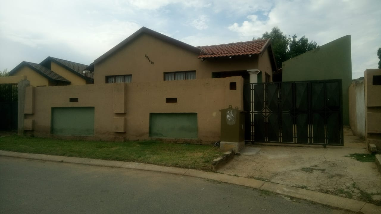 View Property Ref No: 15500