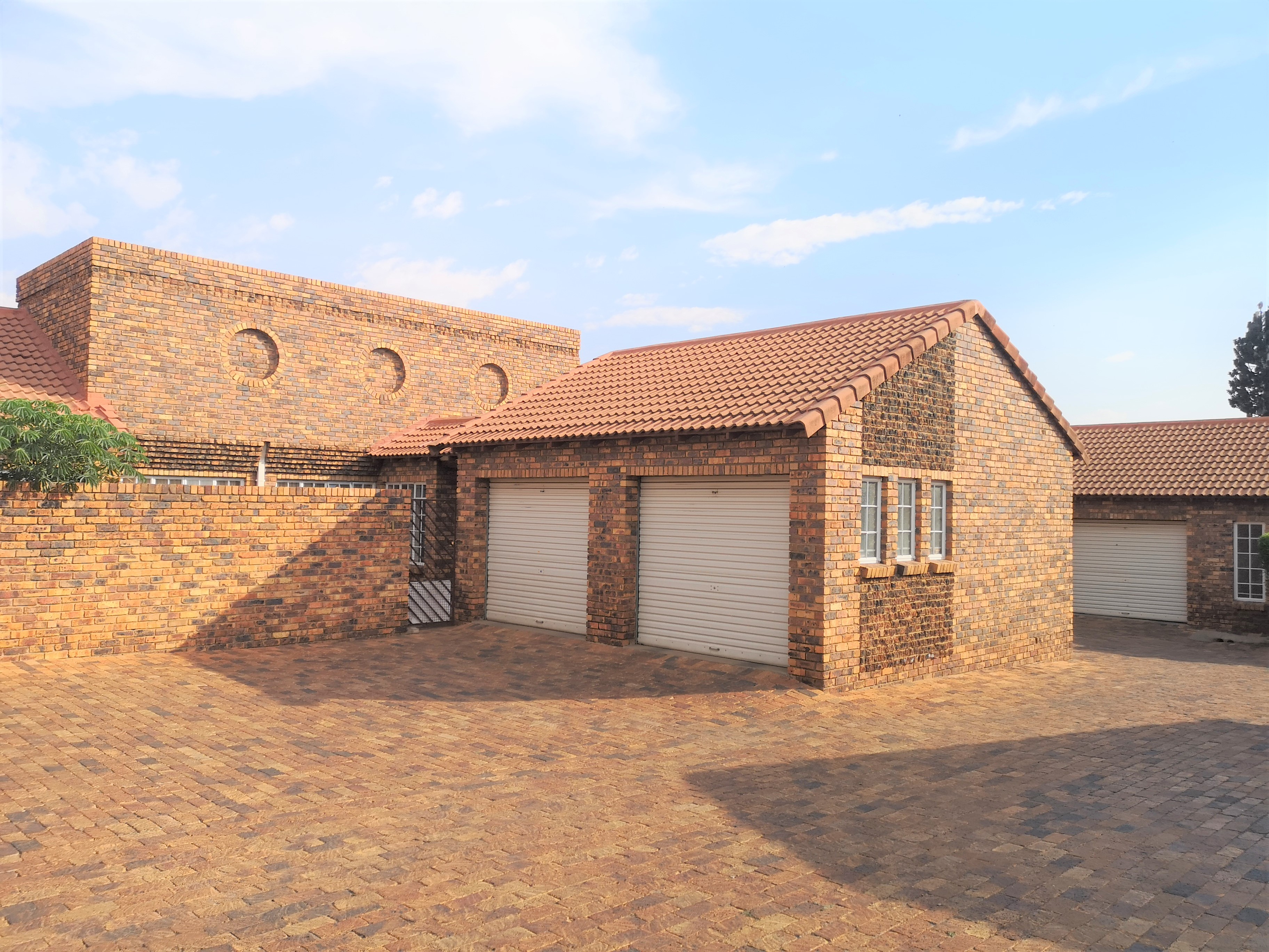 View Property Ref No: 17237