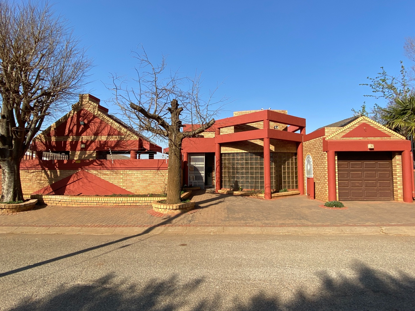 View Property Ref No: 18237