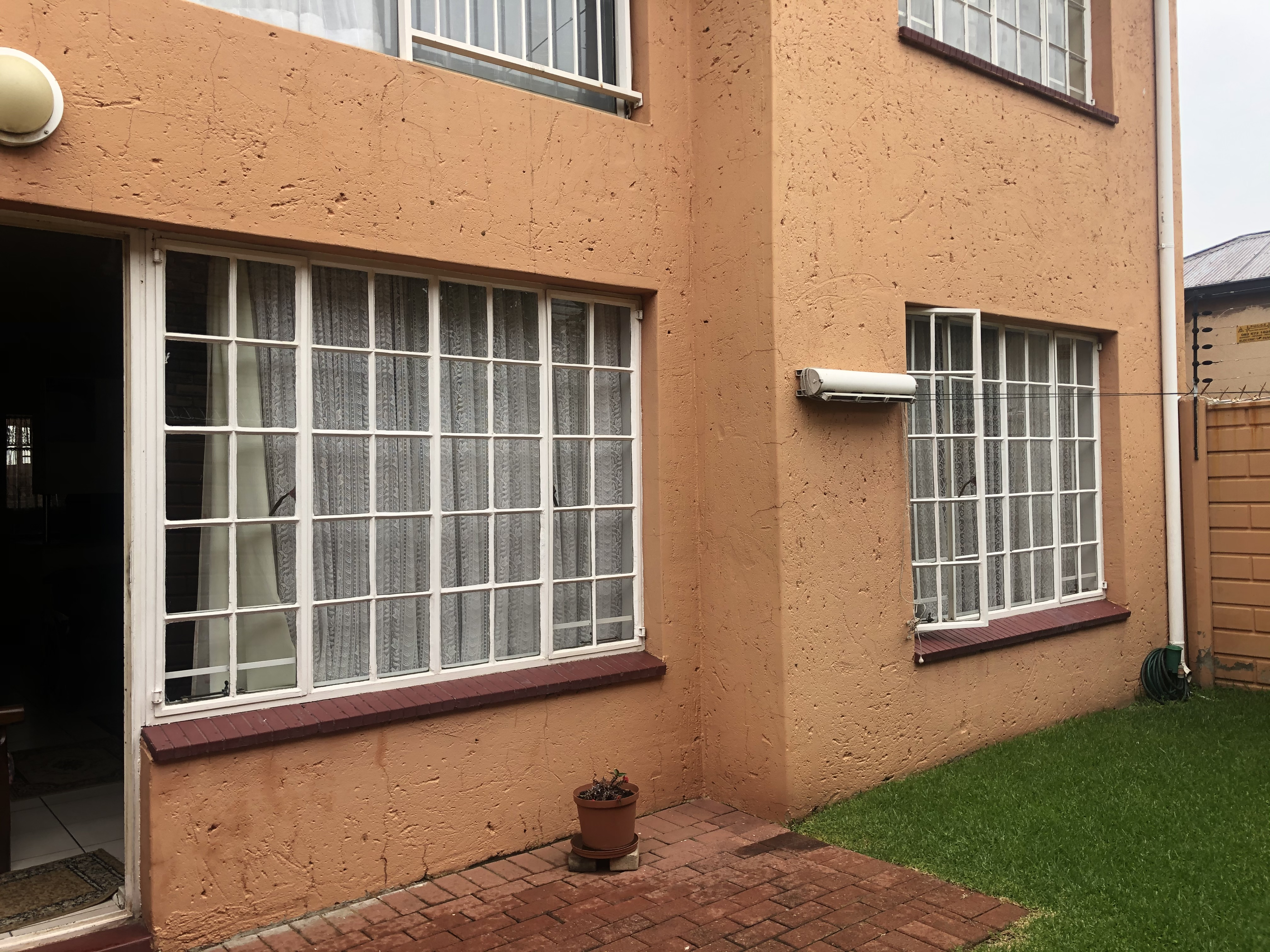 View Property Ref No: 18594