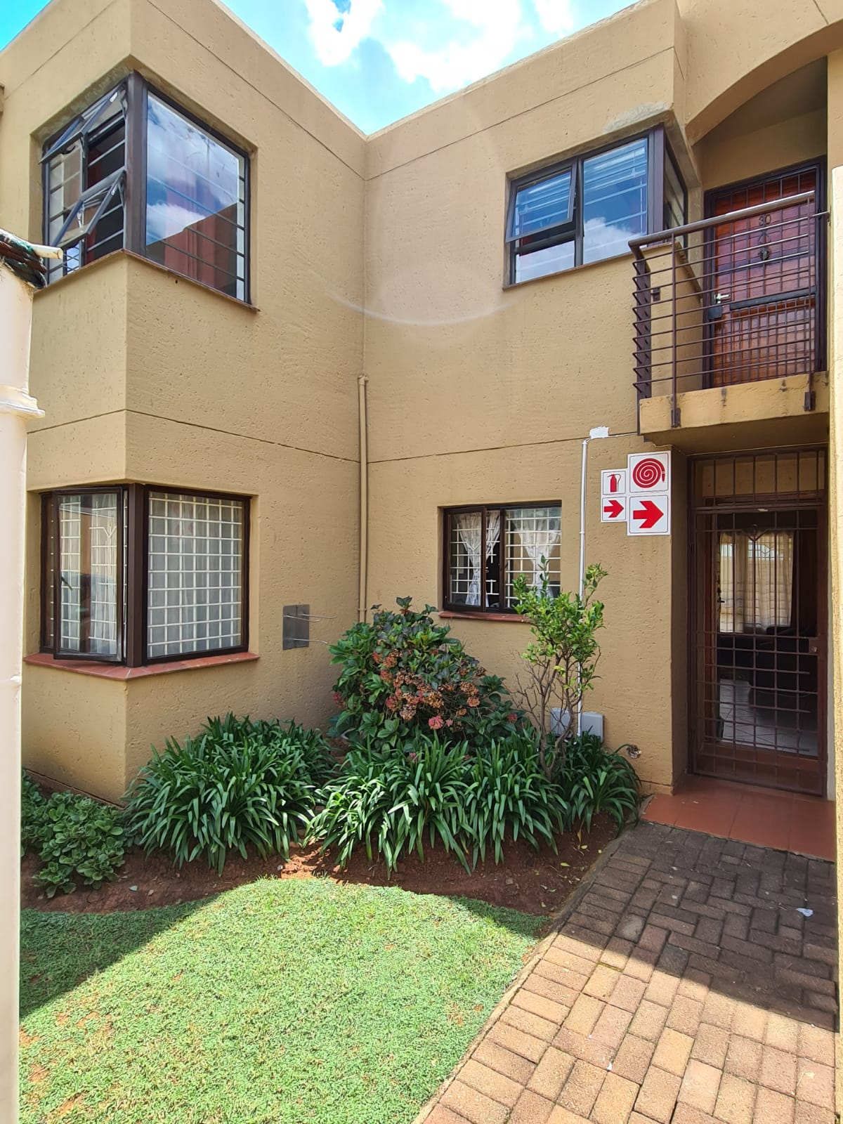 View Property Ref No: 18685