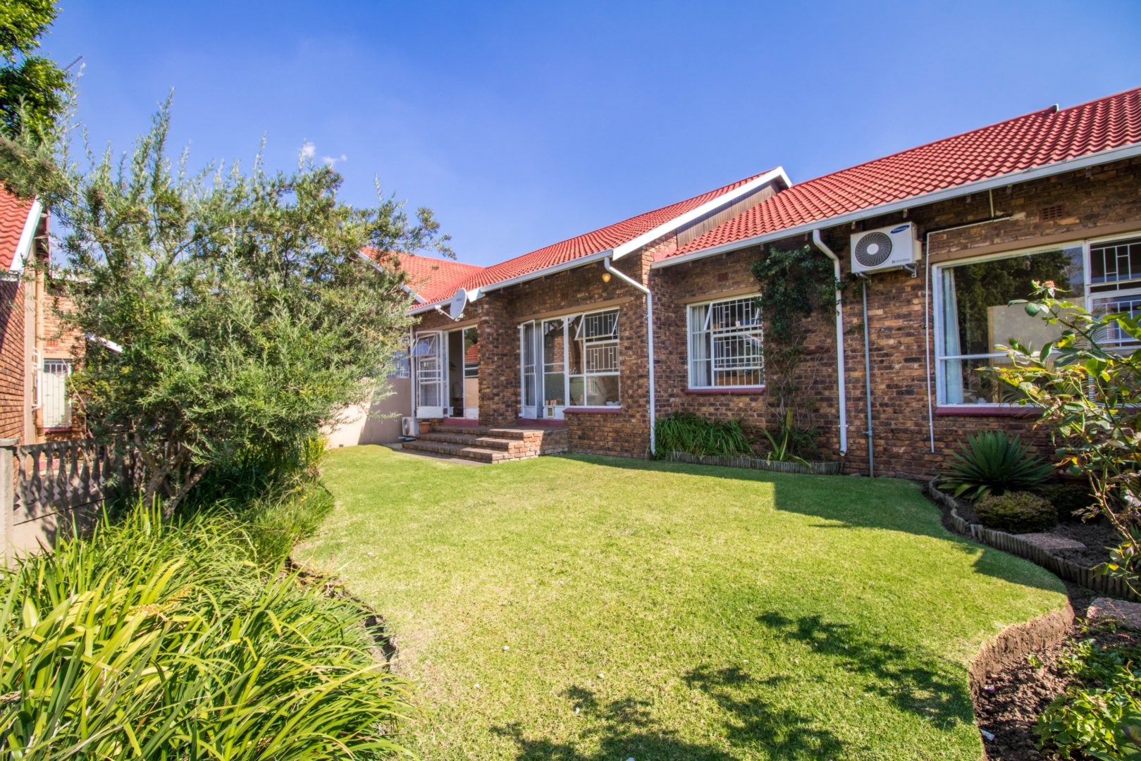 View Property Ref No: 18853