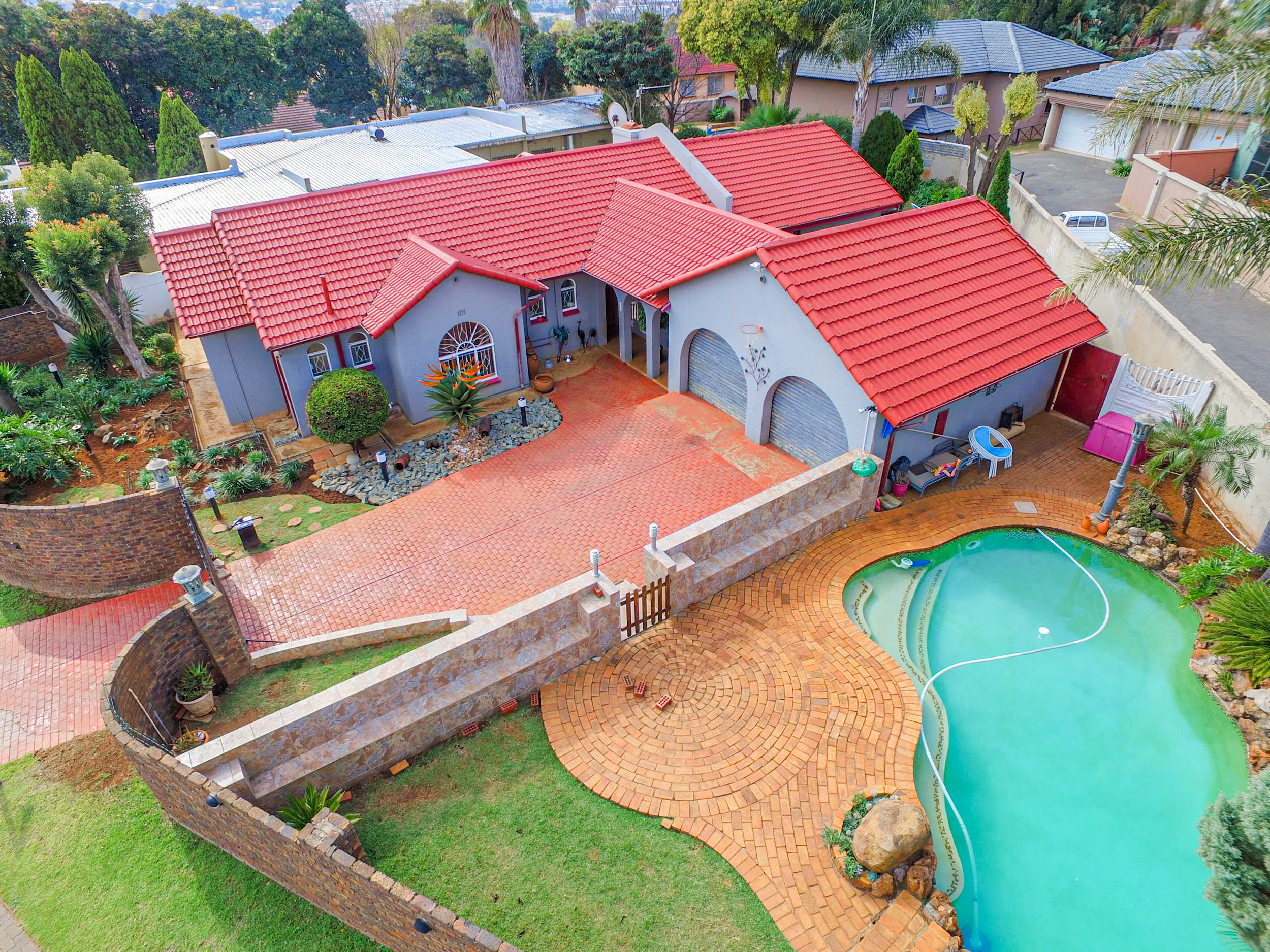View Property Ref No: 18989