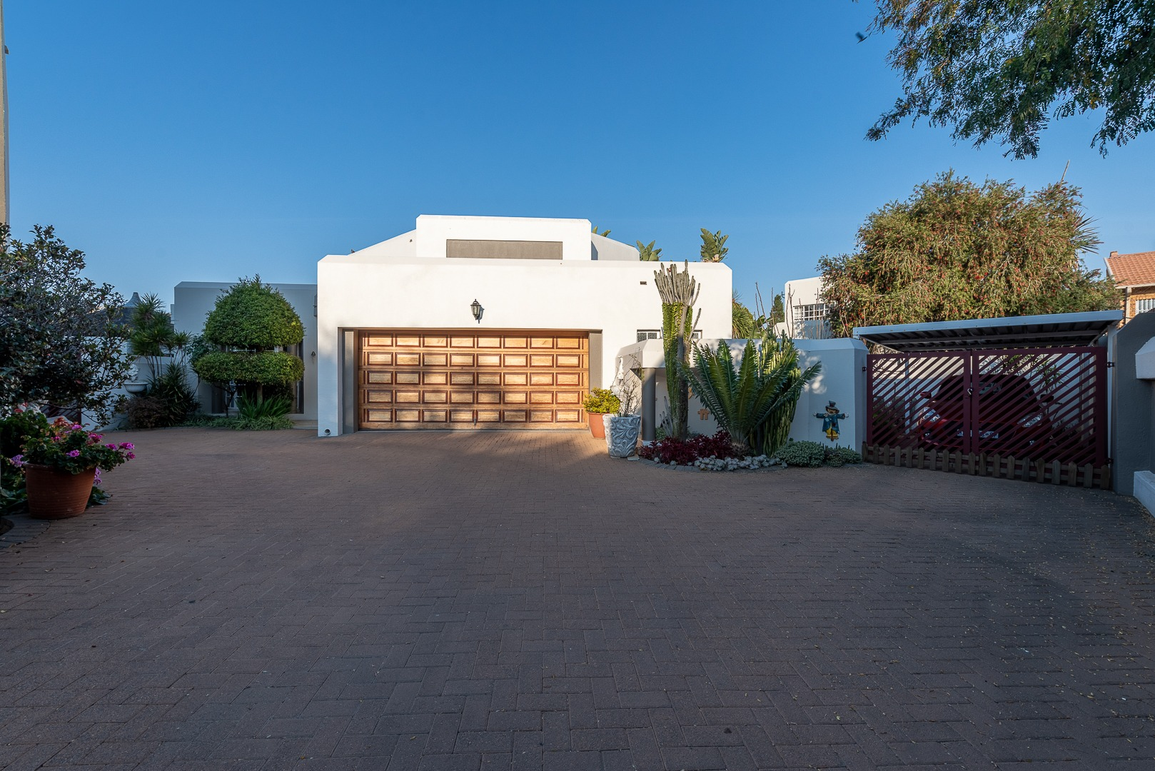 View Property Ref No: 19002