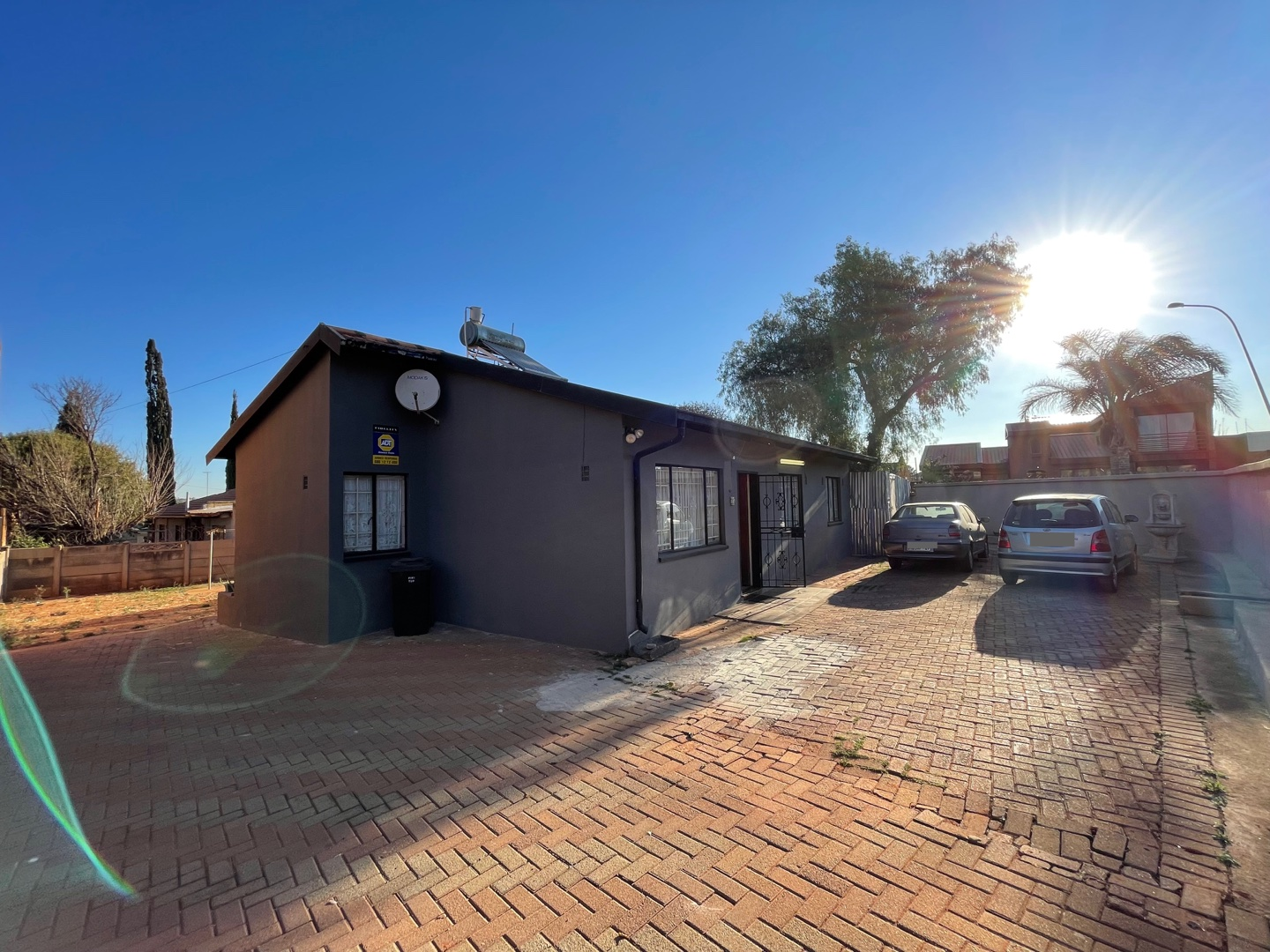 View Property Ref No: 19075