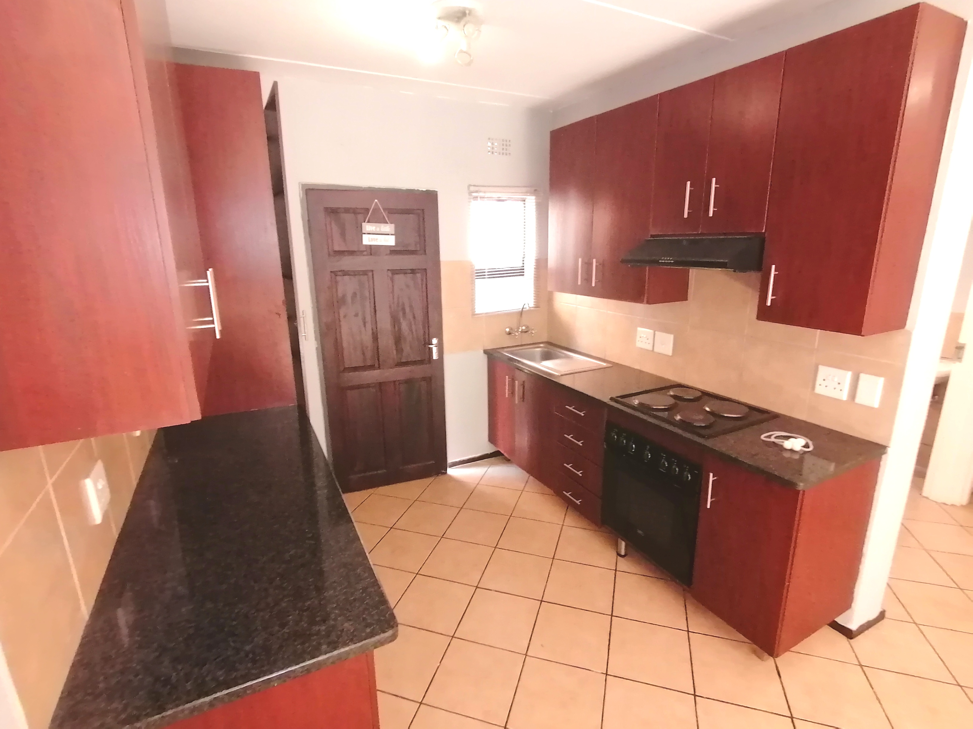 View Property Ref No: 19116