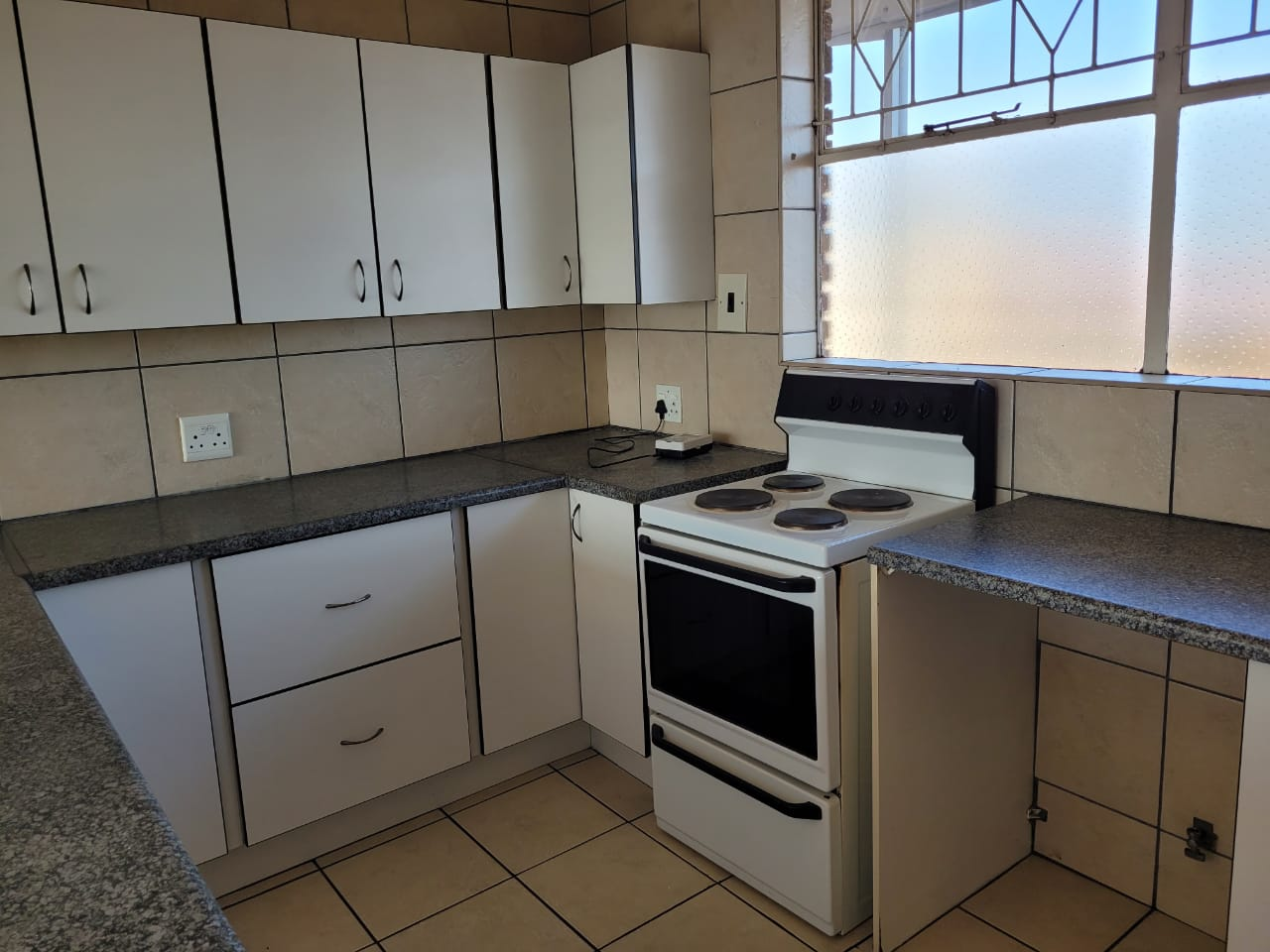 View Property Ref No: 19221